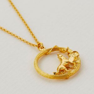 Gold plated column loop howling wolf necklace